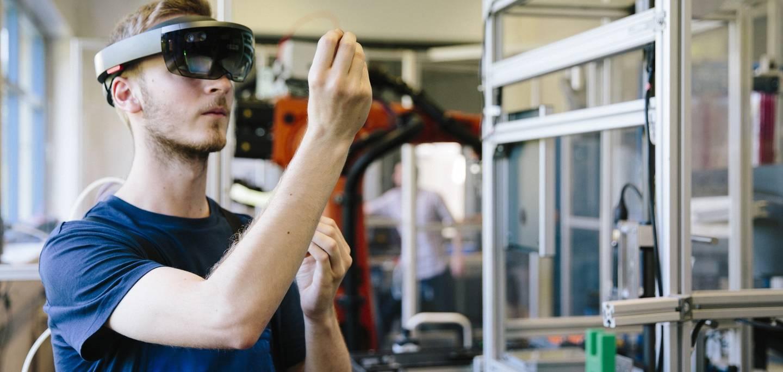Des solutions robotiques pour vos besoins en fabrications de pièces de plastique